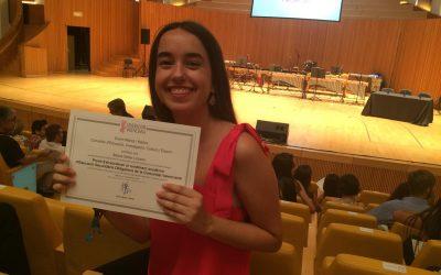 Aitana Seller recibe el Premio Extraordinario al Rendimiento Académico 2015-16